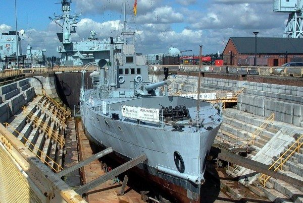 hms-m33-portsmouth-2006